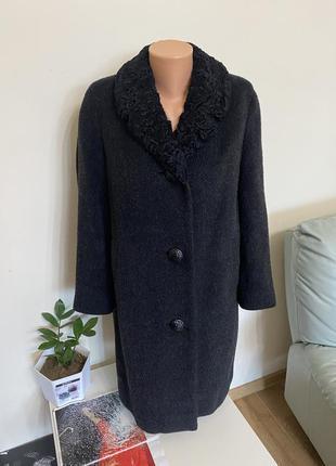 Пальто из шерсти и каракуля s m l