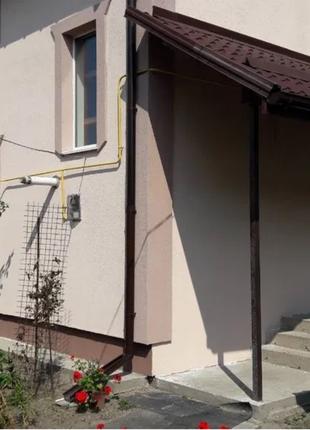 Отличный дом (1 эт. 2-х этажного дома) на Осокорках. М.Славутич.