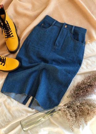 Юбка с плотного джинса с необработанным краем