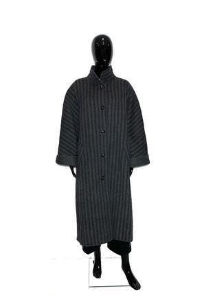 Шикарное  шерстяное пальто в стиле оверсайз от дорогущего люкс...