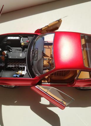 модель Hot whells Ellite Ferrari 365 GTB4 Elite 1:18
