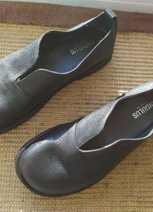 Кожаные туфли из дании