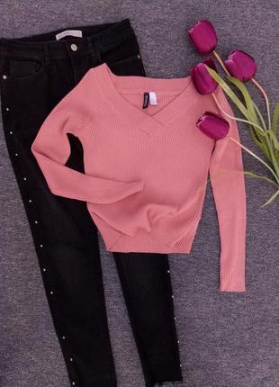Шикарный свитер в актовом цвете в рубчик раз. м