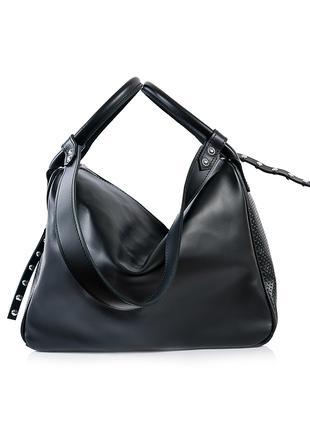 Вместительная кожаная сумка