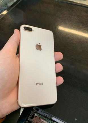 Продам iPhone 8 plus gold , 64 gb