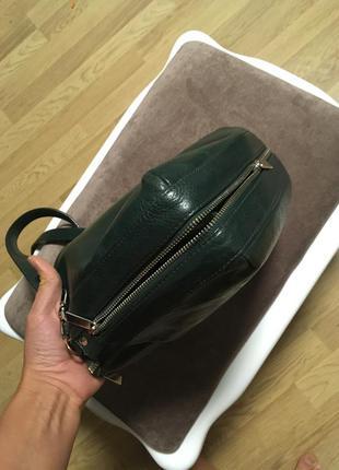 Кожаная сумка темно зеленого цвета