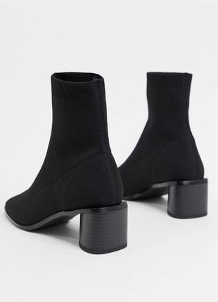 Чёрные ботинки чулки на блочном каблуке, ботильоны asos резинка