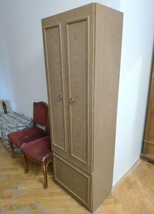 Шкаф шифоньер для верхней одежды и обуви