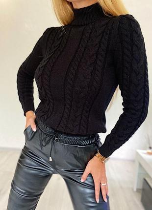 Стильный вязаный свитер косами😻
