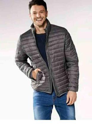 Мужская  стеганная  куртка
