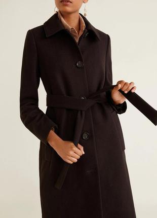 Классическое пальто шоколадного цвета mango, испания