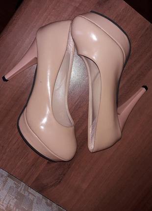 Vero cuoio италия женские кожаные бежевые туфли высокий каблук...