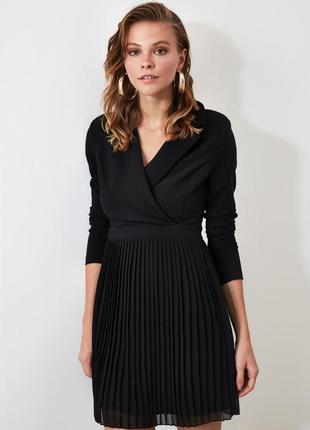Чёрное нарядное вечернее платье жакет пиджак с юбкой плиссе
