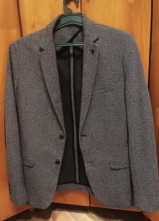 Пиджак мужской, фирмы Zara