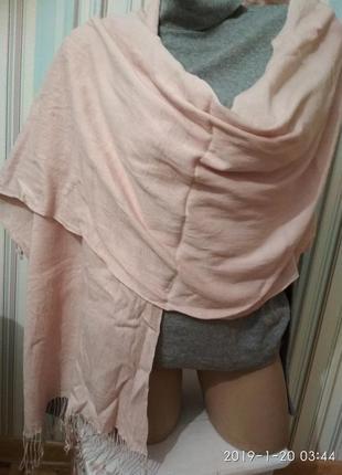 Шарф палантин пудровый нежно розовый тонкая шерсть