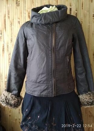 Куртка косуха с меховыми рукавами