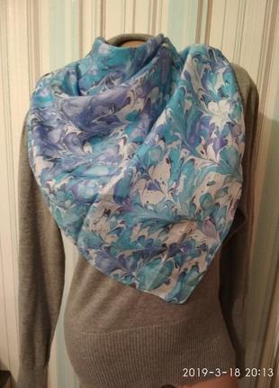 Легкий шелковый платок ручная работа