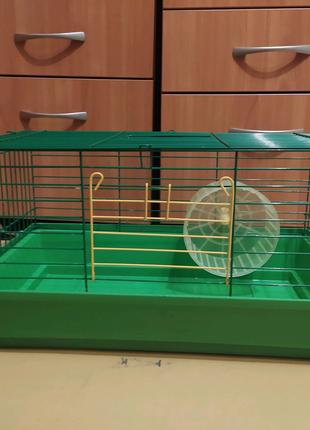 Клетка для хомяка с колесом