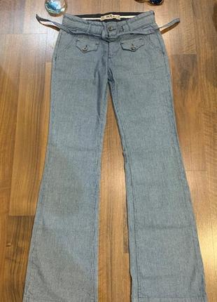 Женские прямые джинсы в полоску