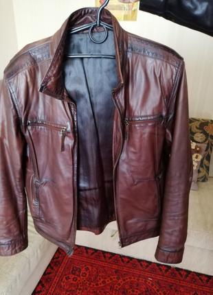 Кожаная мужская курточка