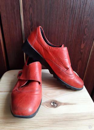 Кожаные туфли romika  размер 39.