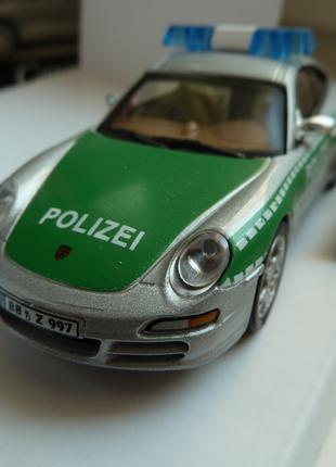 Porsche 911 Carrera POLIZEI  Cararama Масштаб 1:43