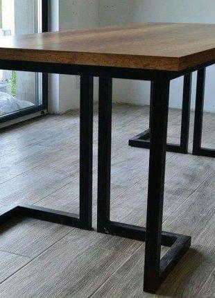Стол и мебель в стиле лофт