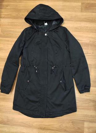 Divided черная демисезонная куртка, парка