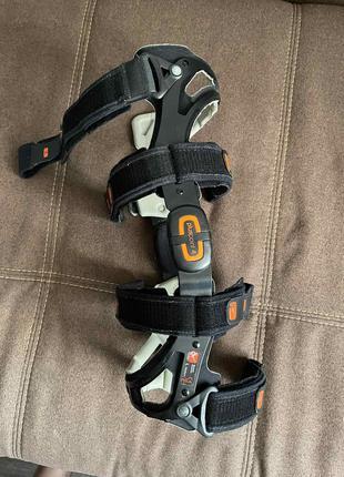 Ортез колінного суглоба з шарнірами Pluspoint 4 (ліва нога, розмі