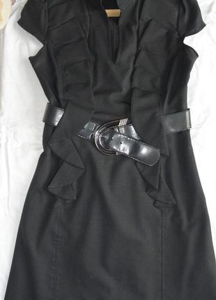 Платье офисное, нарядное с поясом р-р 44-46