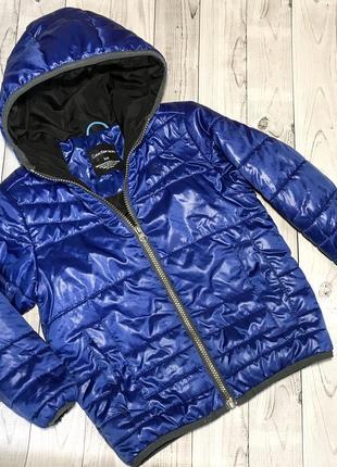 Куртка calvin klein. размер 4 {s}