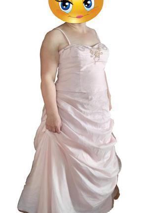Нарядное  платье в пол с фатином  david`s bridal