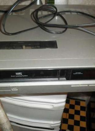 Видемагнитофон Panasonic кассетный