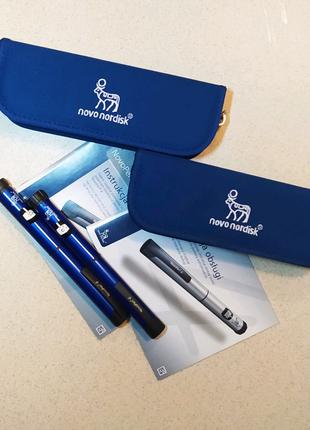 Шприц-ручка для ін'єкцій інсуліну.