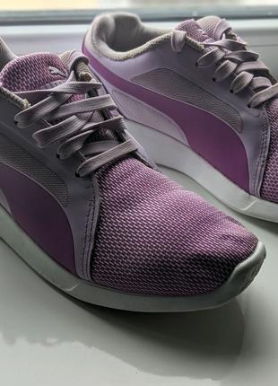 Puma женские кроссовки розмер 40,5
