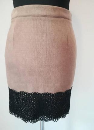 Осенняя юбка кофейного цвета, внизу с гипюром, шлица. код 1427м
