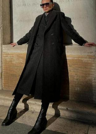 Шерстяное пальто zara лимитированная коллекция