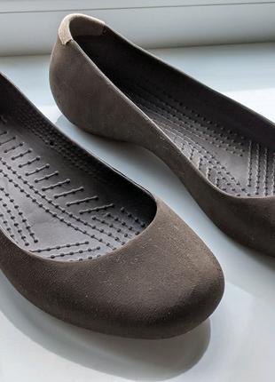 Crocs женские туфли W7 24см