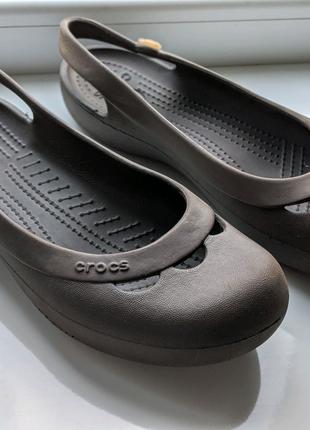 Crocs женские босоножки розмер W9 25,5см