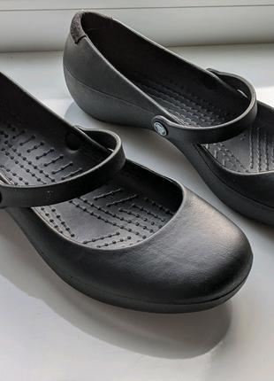 Crocs женские туфли розмер W7 24см