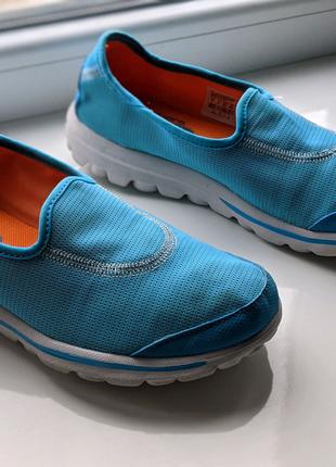 Skechers женские кроссовки розмер 37