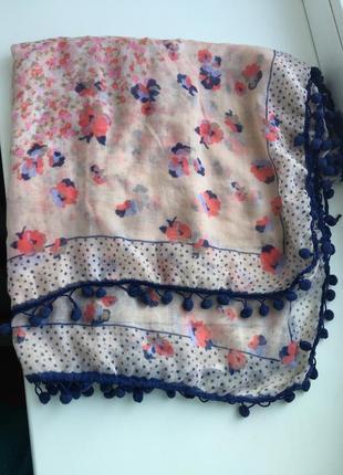 Яркий шарф в цветочный принт, платок,