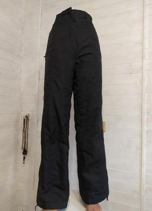 Теплые спортивные штаны для лыж или борда, туризма