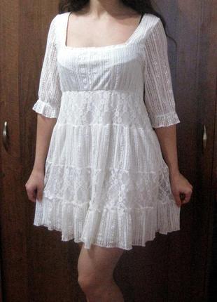 Платье bik bok белое ажурное гипюр свободное разлетайка четвер...