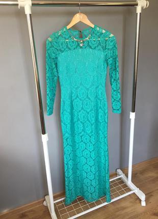 Вечернее длинное платье бирюзового цвета