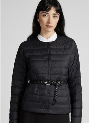 Легкая куртка Uniqlo Ultra Light Down цвет черный, размер М Напол