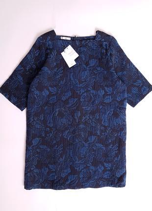 Крутое платье плотная ткань Mango