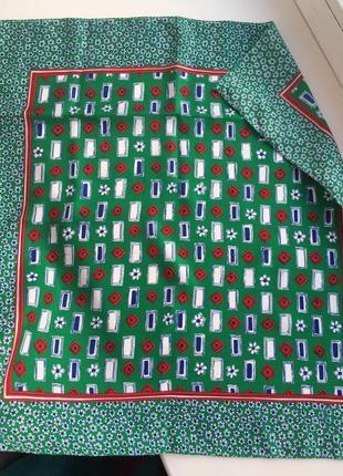 Яркий зеленый платок с принтом, шарф, ромашки