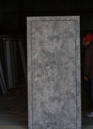 Двери входные с терморазрывом