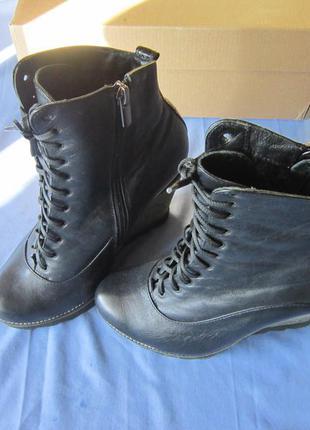Натуральные черные кожаные ботинки ботильоны сапоги
